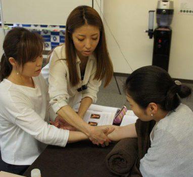 愛しい人へのマッサージ♡ 【名古屋会場】6月・7月 ハンド&フットセラピスト講座開催予定